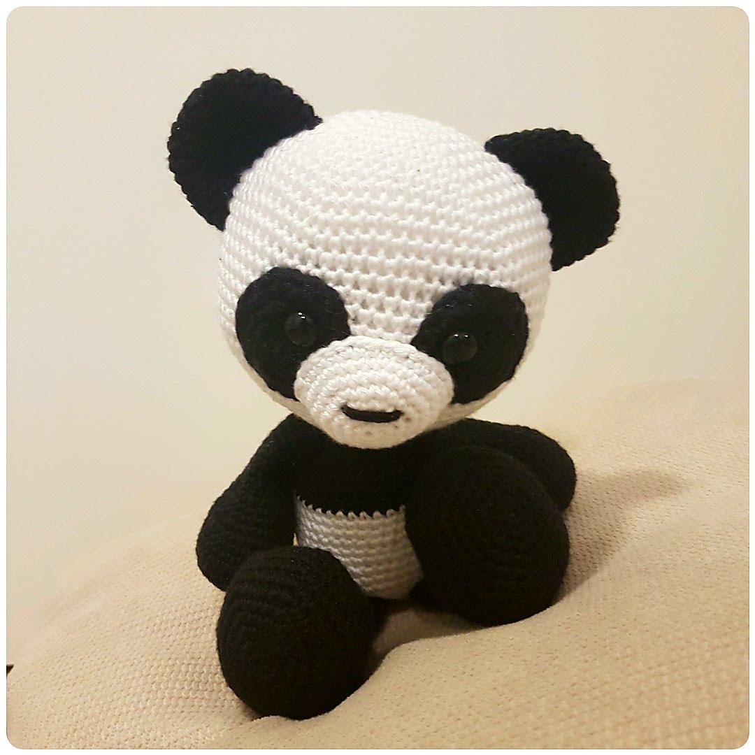 Panda Amigurumi Häkelanleitung von Little Bear Crochets | 1080x1080